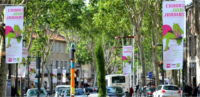 Cahors Juin Jardin - kakémonos sur le boulevard Gambetta à Cahors