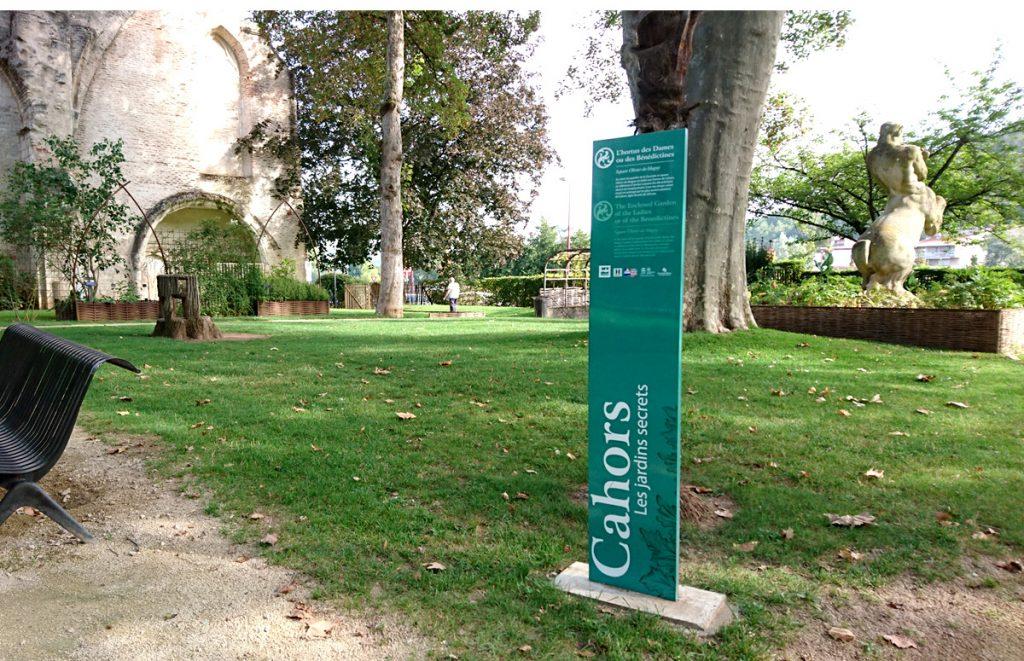Les jardins secrets - Square Olivier de Magny ; L'hortus des Dames ou des Bénédictines